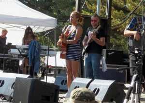 Trish Tacon/Hirie performing in SLC at Reggae Rise Up festival